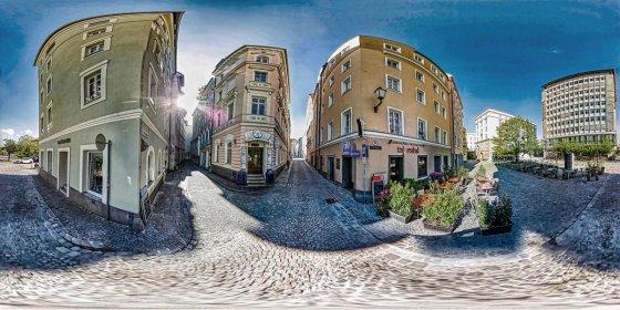 Play '360° - SFU LINZ 360° Tour-Online